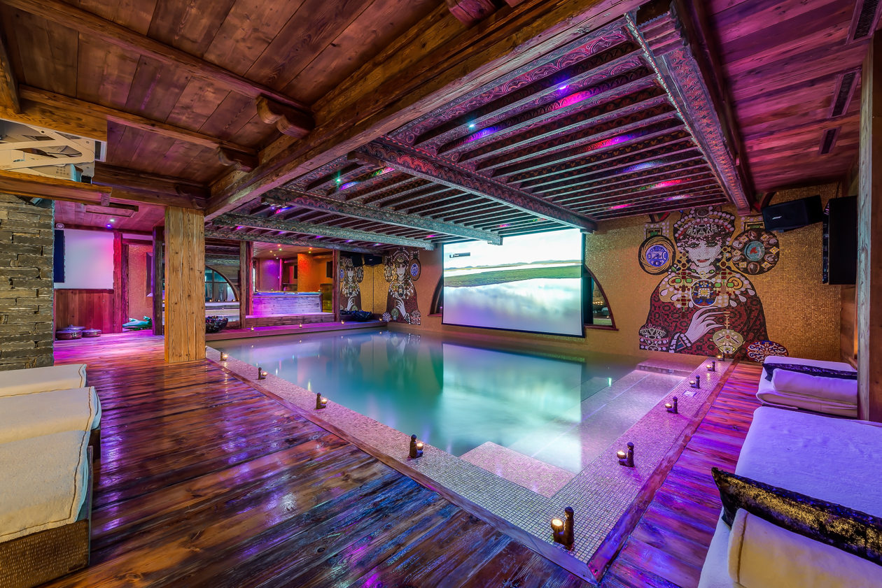 Chalet marcopolo val d 39 is re for Piscine val d isere